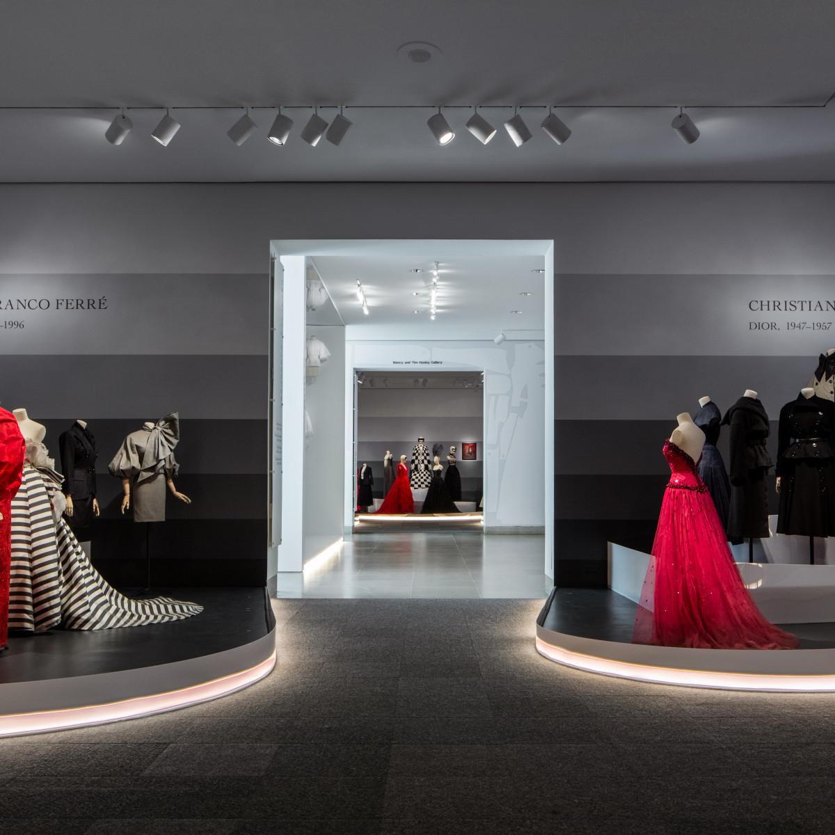 DMA Dior exhibit