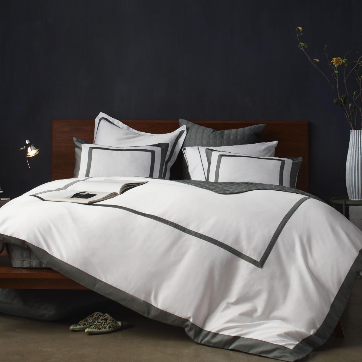 10 Grove bedding Olive