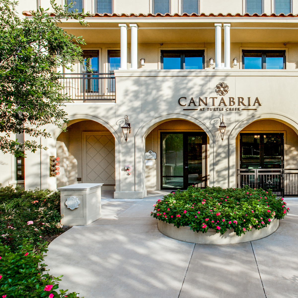 Cantabria at Turtle Creek apartments