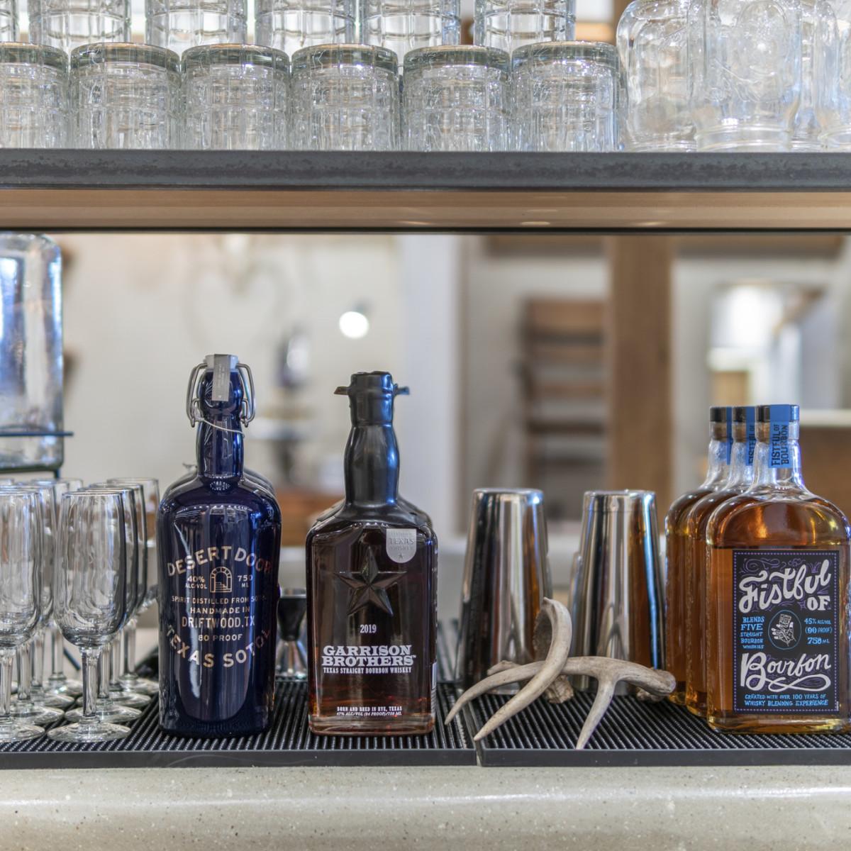 Tecovas San Antonio complimentary beverages
