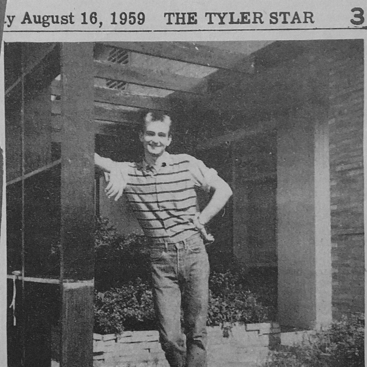 Dave Ward standing outside the KGKB studios in Tyler, Texas, in 1958
