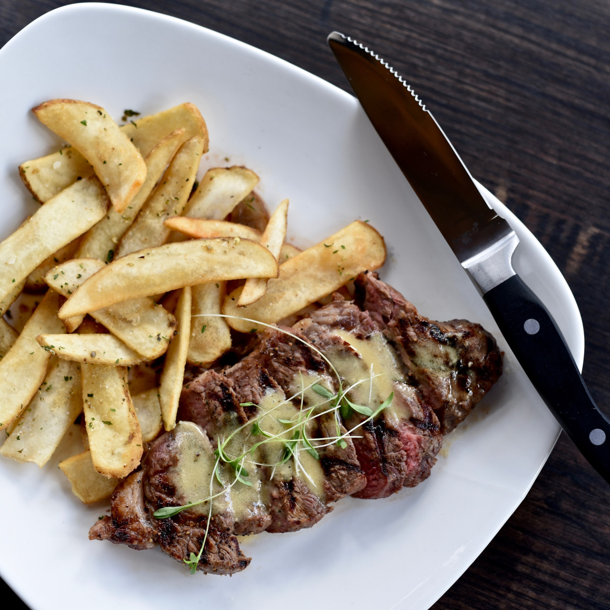 Peli Peli Woodlands steak frites