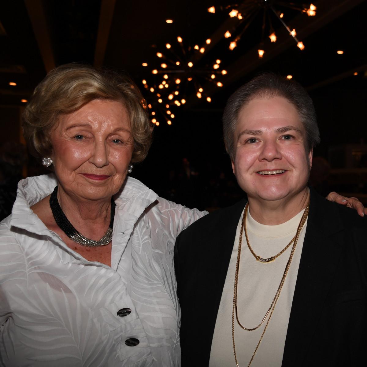 Nora Graner, Jane Graner