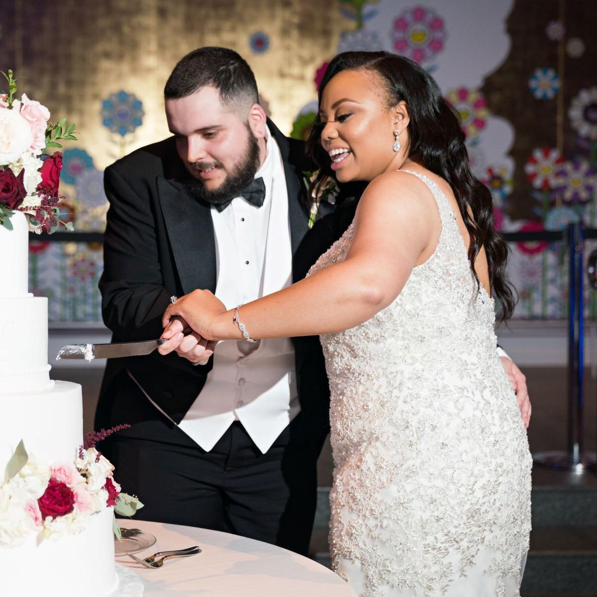 Lenton Juarez wedding, Creme de la Creme wedding cake