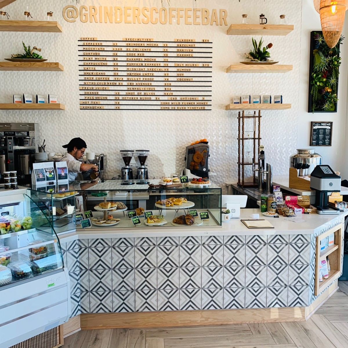 Grinder's Coffee Bar interior