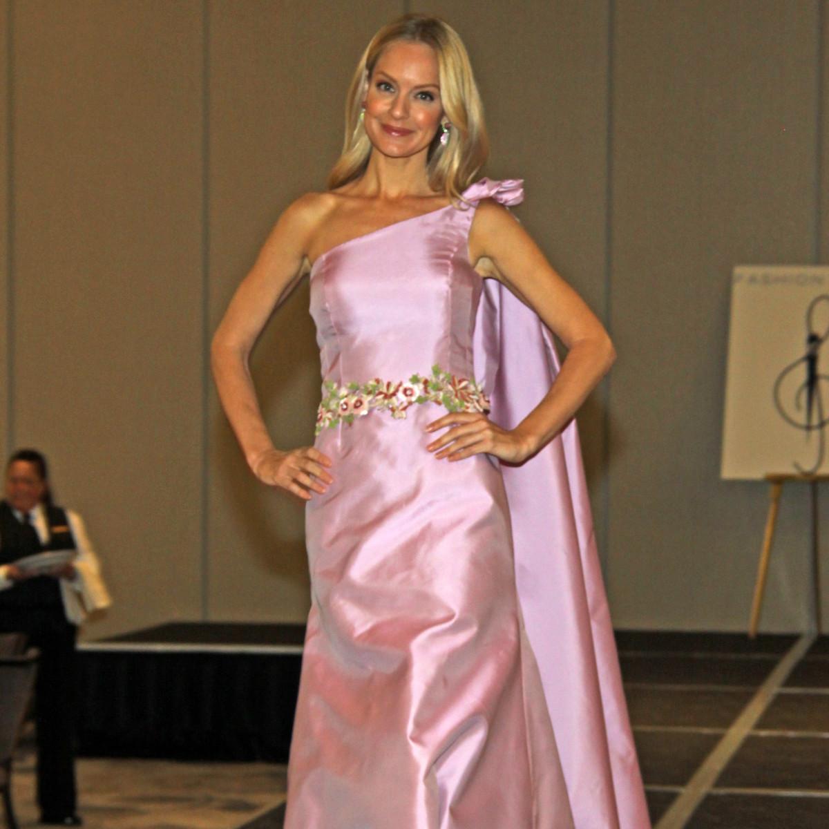Patti Flowers fashion, DSOL Fashion Notes