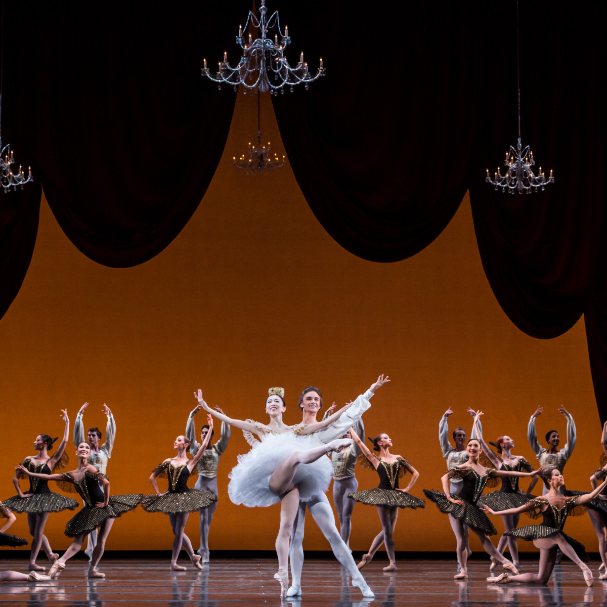 Houston Ballet principal Yuriko Kajiya and former Principal Jared Matthews with Artists of Houston Ballet in Stanton Welch's Paquita