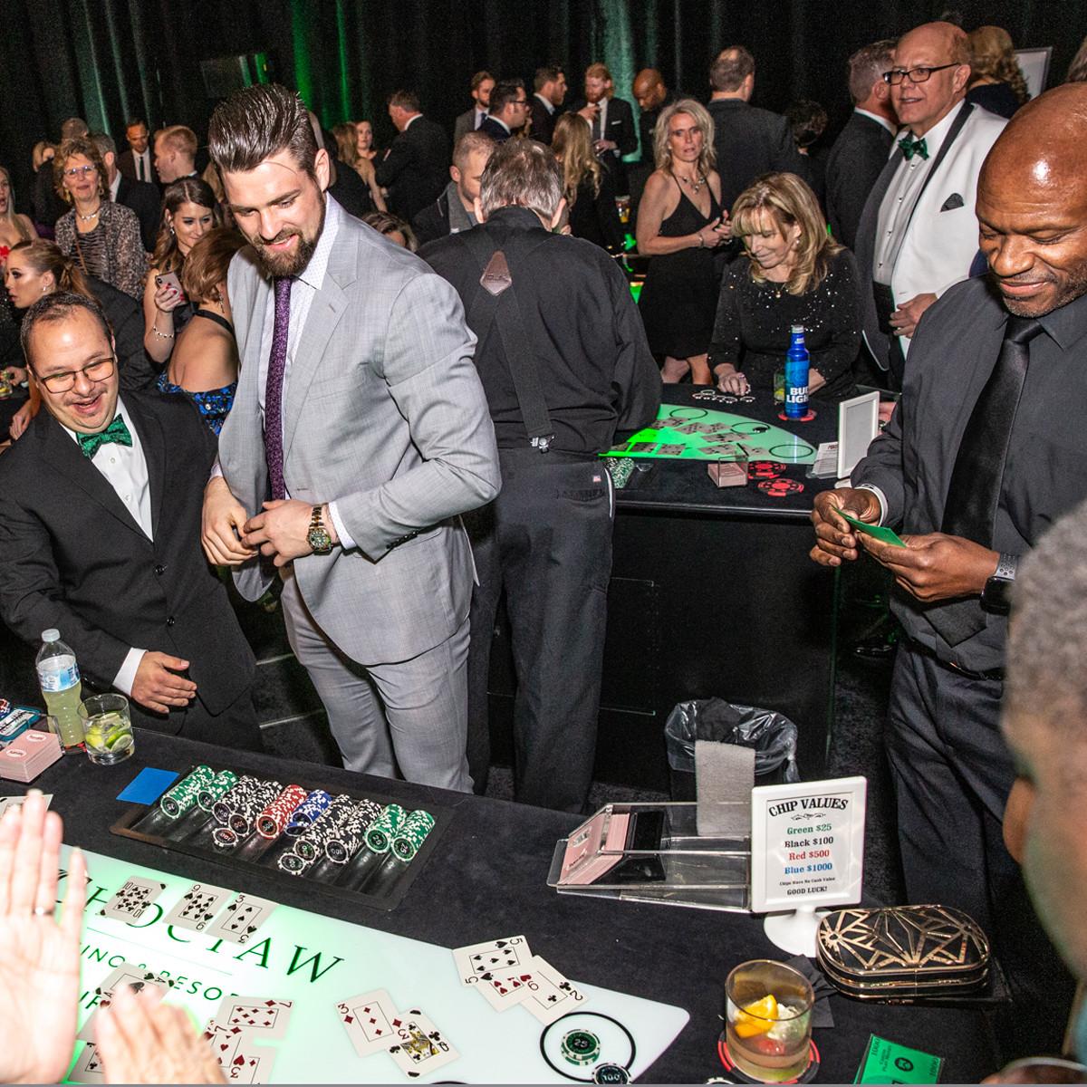 Dallas Stars captain Jamie Benn deals blackjack