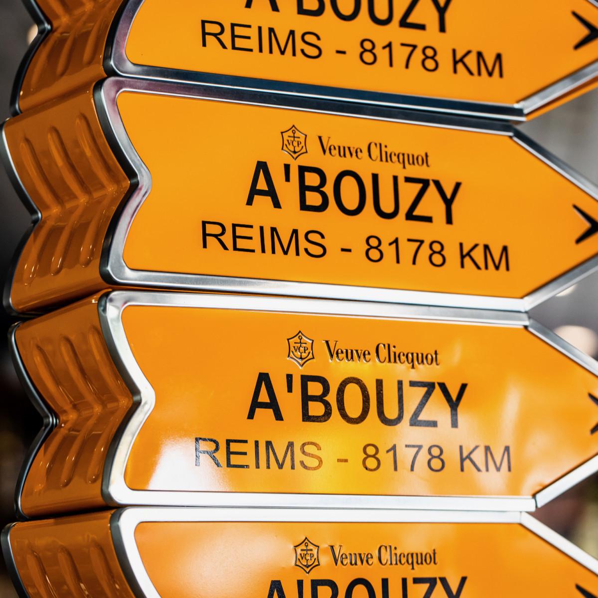 Veuve Clicquot signs