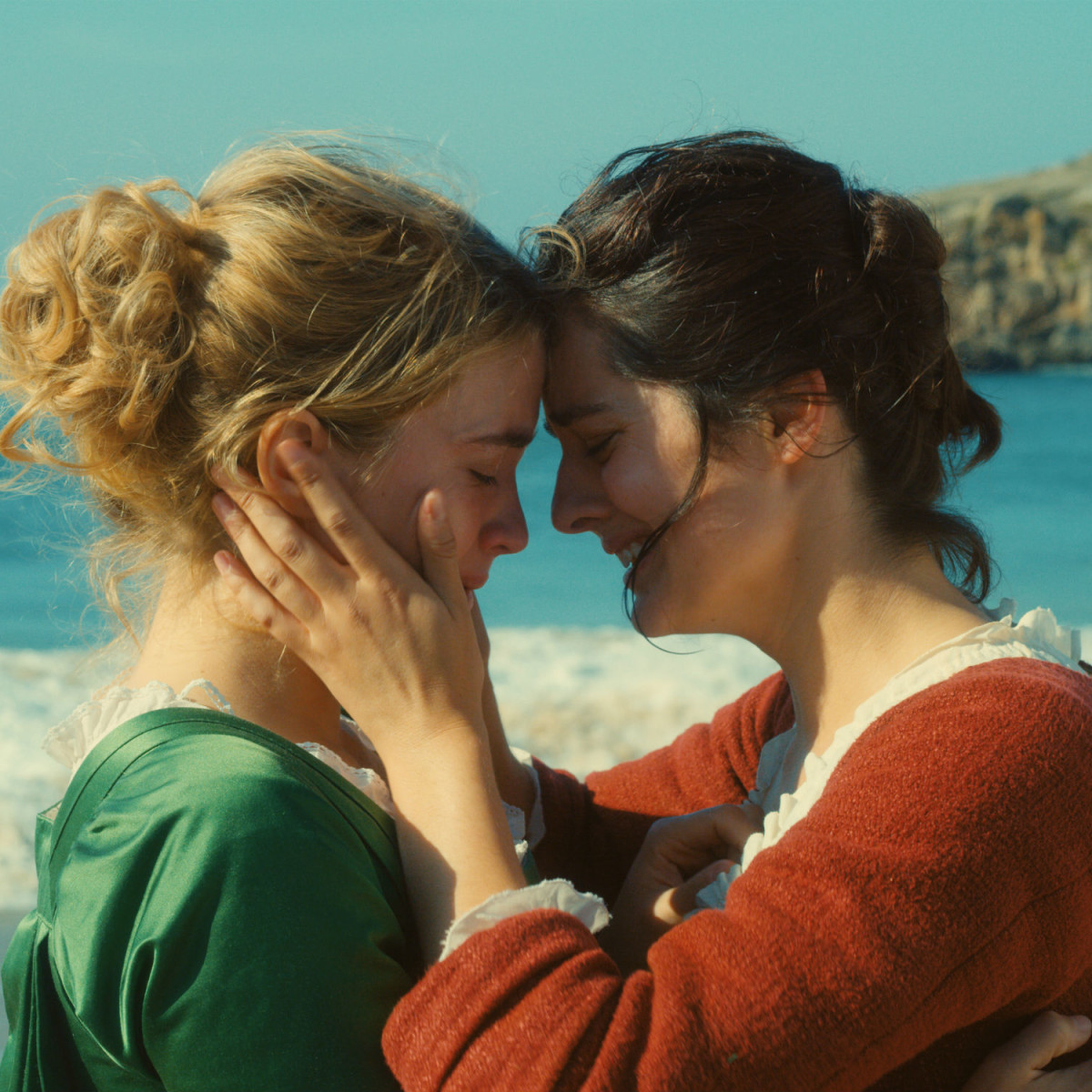 Adèle Haenel and Noémie Merlant in Portrait of a Lady on Fire