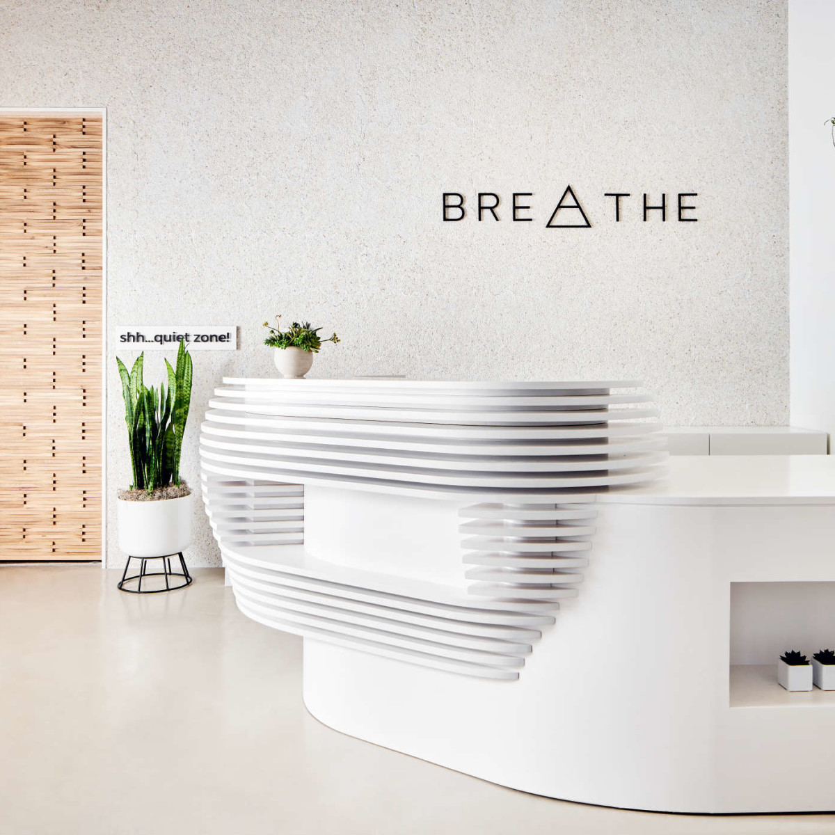 Breathe desk door