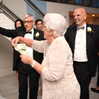 Wedding Pugh Dascoulias, Bessie Dascoulias throws money