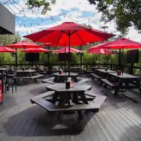 Houston, Burger Joint, April 2016, patio