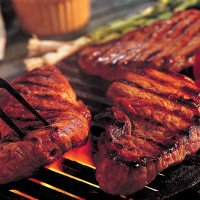 News_Grilling_steaks