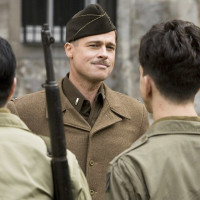 News_Golden Globe 2010_Inglourious Basterds2_Brad Pitt_on set