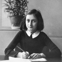 News_Anne Frank portrait_June 2010