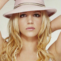 News_Britney Spears_hat