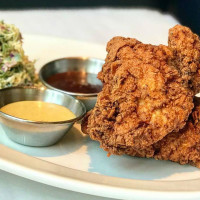 Doc B's Fresh Kitchen fried chicken
