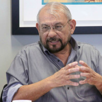 Dr. Nestor Rodriguez