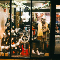 Holiday Window Walk
