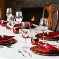 holiday dining, table