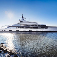Jerry Jones yacht