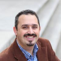 Dr. Max Krochma
