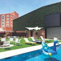 The Fredonia Hotel pool
