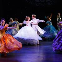 Cinderella 2294 Laura Osnes, Santino Fontana and the ensemble of Cinderella