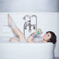 Siobhan O'Loughlin: Broken Bone Bathtub