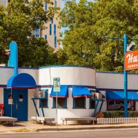 Hut's Hamburgers West Sixth original location