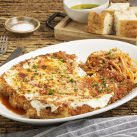 BB Italia chicken parmigiana