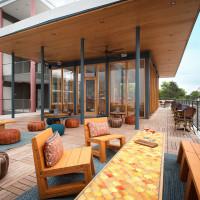 The Upside East Austin Hotel
