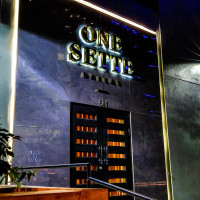 One Sette Dallas