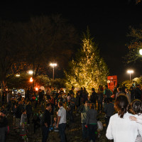Lakewood Shopping Center presents Light Up Lakewood