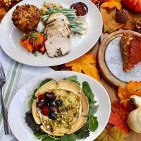 Caroline Restaurant Austin traditional thanksgiving dinner