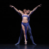 Houston Ballet principal Connor Walsh and former first soloist Melissa Hough in Stanton Welch's Indigo