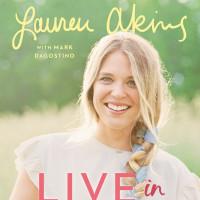 Lauren Akins - Live in Love