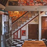 "Preservation Austin presents ""Downtown Doors"" Virtual Homes Tour"