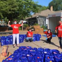 North Texas Food Bank volunteers