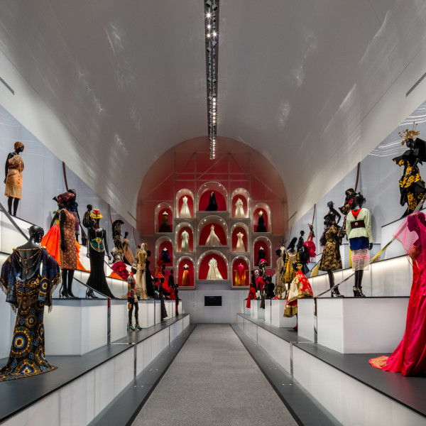 How to do the DMA Dior exhibition like a proper Dallas fashionista