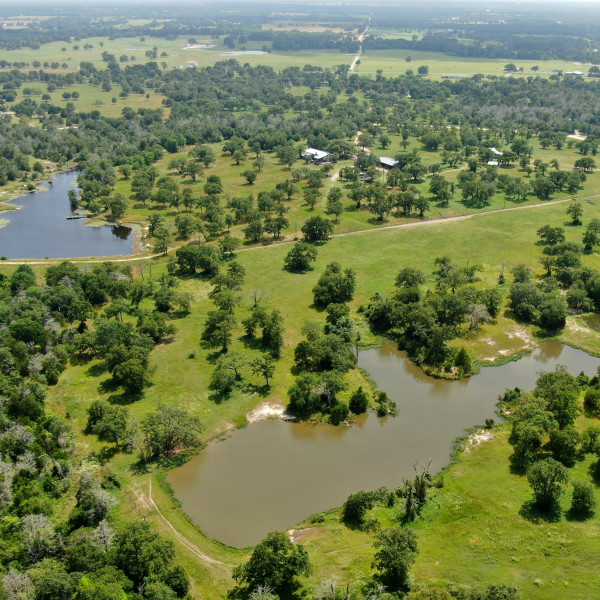 Legendary Houston attorney's sprawling ranch offered at $1.2 million