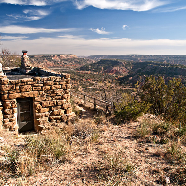 These wild West Texas cabins let you sleep on the edge of the world