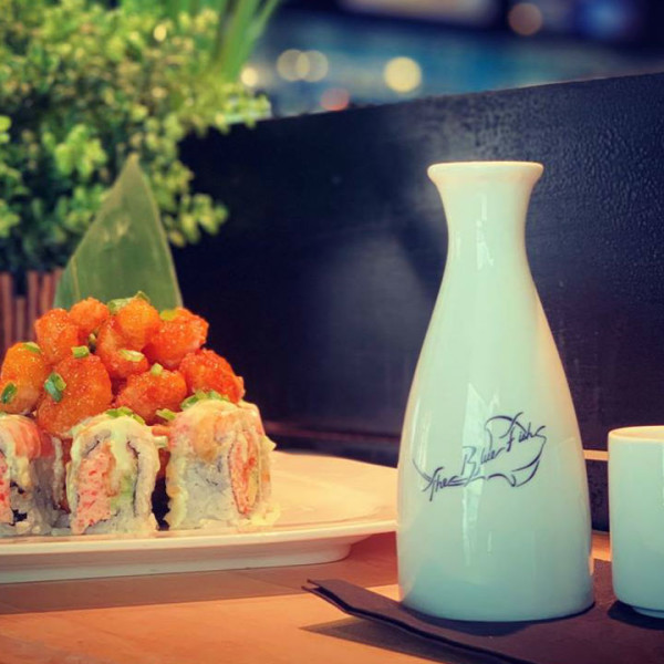 Dallas sushi chain brings LA style and sake to Fort Worth Crockett Row
