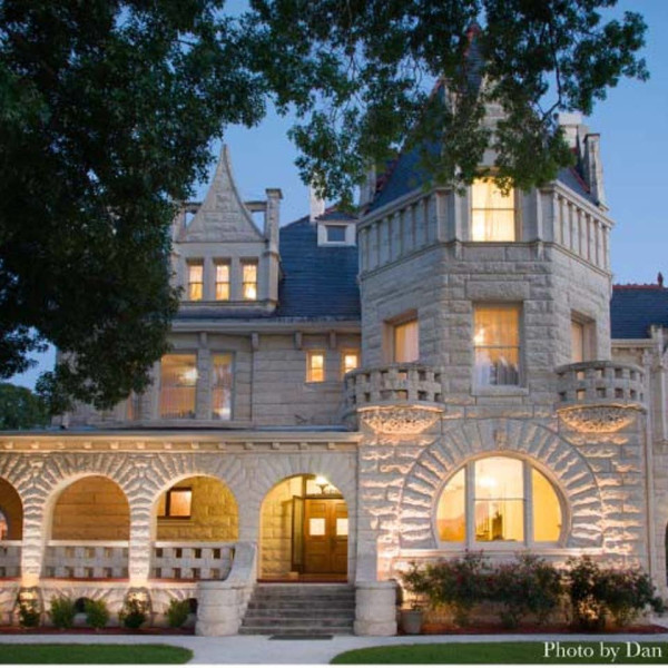 Luxurious San Antonio castle lets guests live like royalty for $750