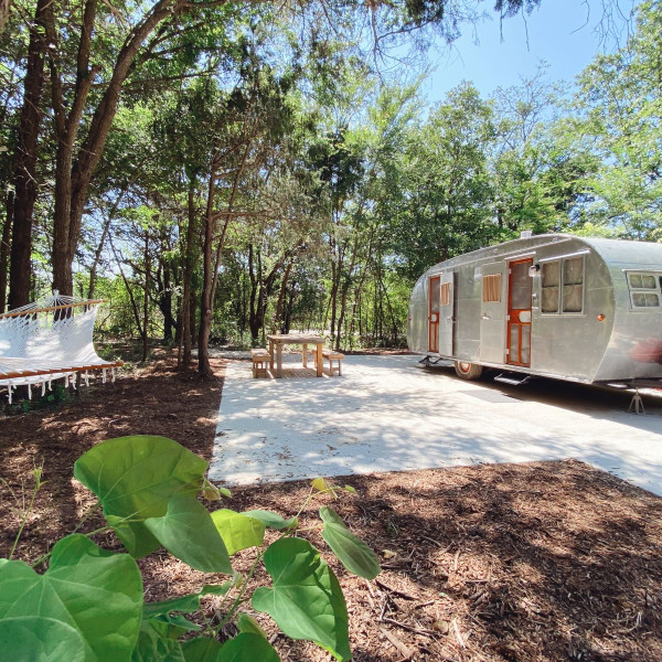 New Airstream resort rolls into Texas for social distance staycations