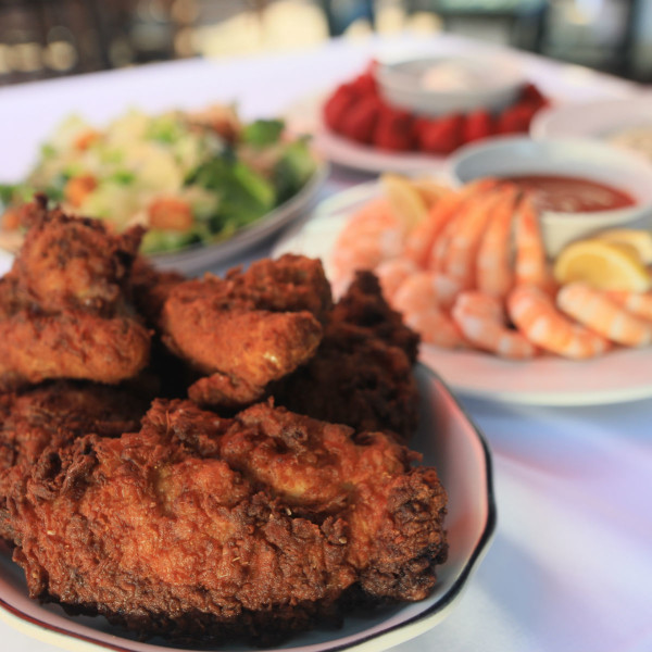 All kinds of fried chicken head up this spicy Dallas restaurant news