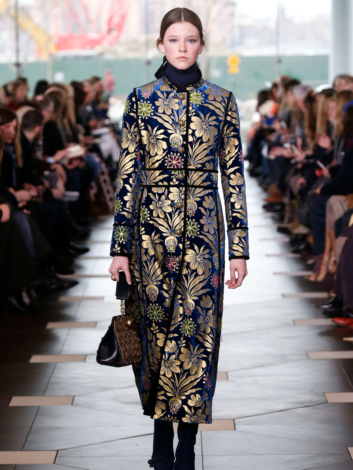Tory Burch look 30 fall 2017