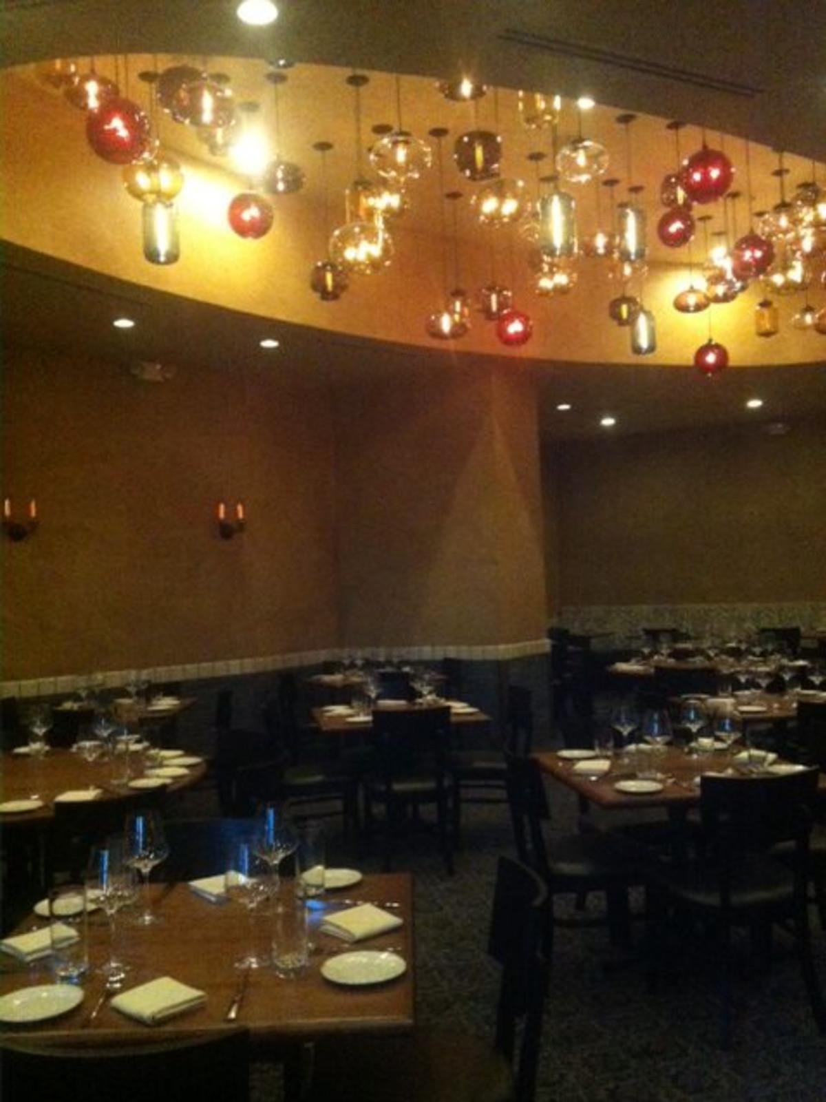 Osteria Mazzantini dining room August 2013