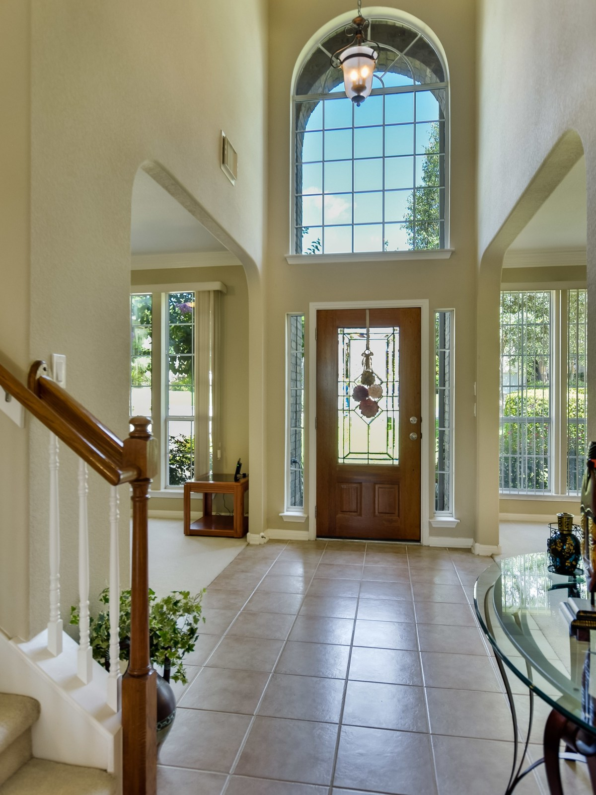 9013 Sautelle Austin house for sale foyer